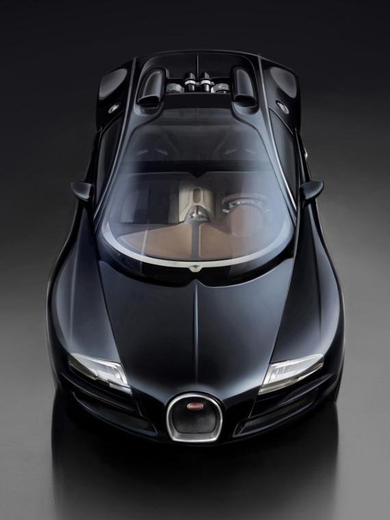 bugatti-grand-sport-vitesse-jean-bugatti-veyron-unveiled-05-570x759
